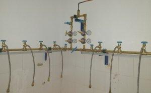 为什么医院中心供氧系统连接管道选择铜管